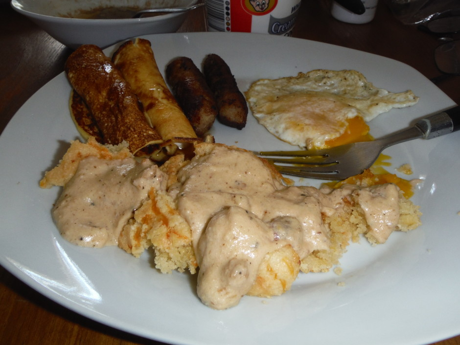 Biscuits and Gravy Low Carb Style!